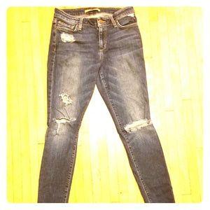 Joe's jeans, curvy skinny. Torn. Size 28